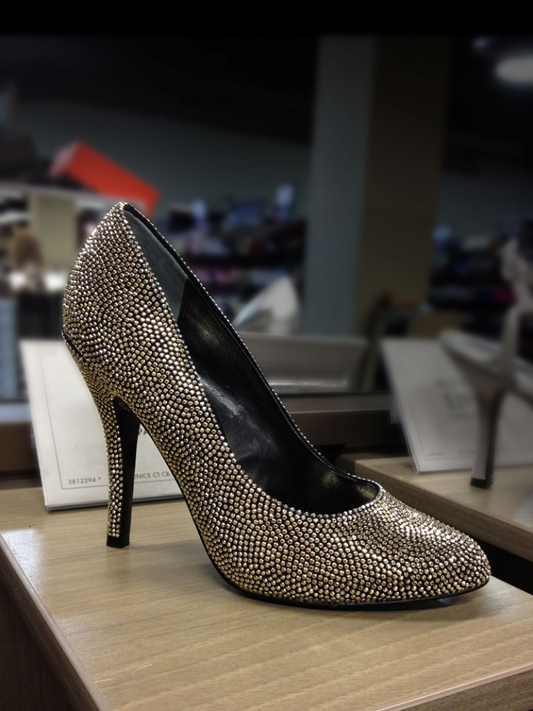 Nina Eunice Gold Embellished Pump
