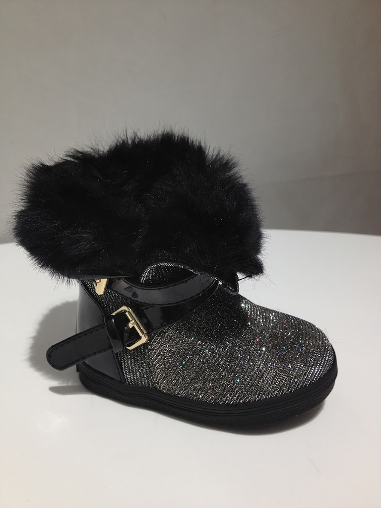 Stuart-Weitzman-Babysnow-Glitter-Boots
